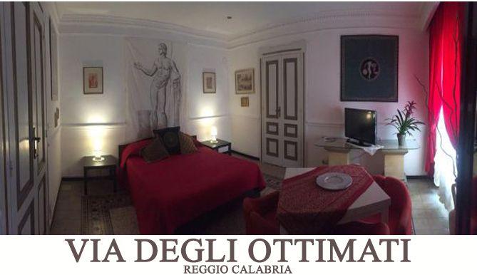 B&B Reggio Calabria Bed Breakfast degli Ottimati banner bilocale Via degli Ottimati camera matrimoniale rossa
